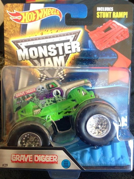 2016 1:64 Hot Wheels Grave Digger - Chrome