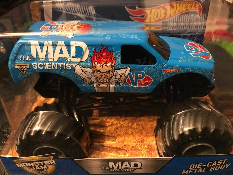 2017 1:24 Hot Wheels Mad Scientist