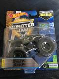 2017 1:64 Hot Wheels Creatures Shark Shock